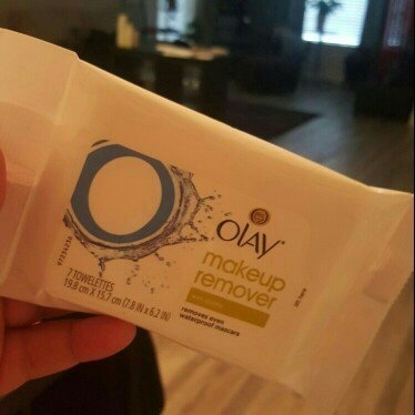 Olay Makeup Remover Wet Cloths, 7 count uploaded by Trishinda B.