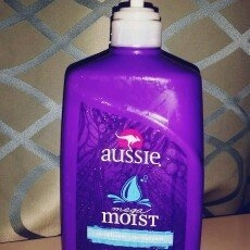 Aussie Mega Moist Conditioner uploaded by Elena T.