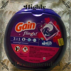 Gain Flings! Moonlight Breeze Laundry Detergent Pacs uploaded by Jennifer V.