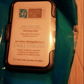 Global Beauty Care Premium Collagen Cleansing Cloths-60 Pack Wipes uploaded by Andrea G.
