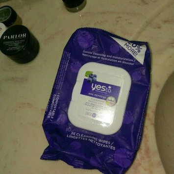 Photo of Yes To Blueberries Cleansing Facial Wipes uploaded by Keri D.