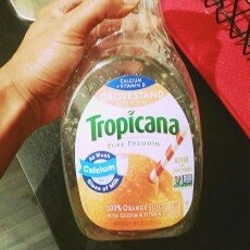 Tropicana Pure Premium Orange Juice Lots of Pulp Calcium + Vitamin D uploaded by Jock G.