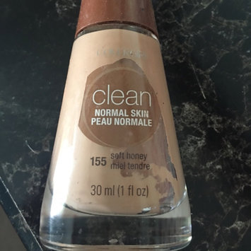 Photo of Cover Girl Warm Beige Sensitive Skin Liquid Make Up uploaded by Kaitlyn H.