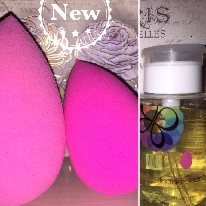 beautyblender Makeup Sponge Applicator Duo & Cleanser uploaded by Deisy Z.