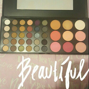 Photo of BH Cosmetics Special Occasion Palette uploaded by Yanialex B.