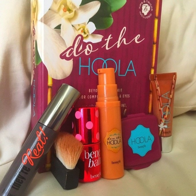 Benefit Cosmetics Do the Hoola Beyond Bronze Kit uploaded by Shelby W.