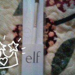 e.l.f. Eye Crease Brush uploaded by Nayeli P.