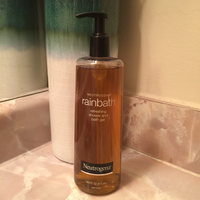 Neutrogena Rainbath® Renewing Shower and Bath Gel - Pear & Green Tea uploaded by Portia J.