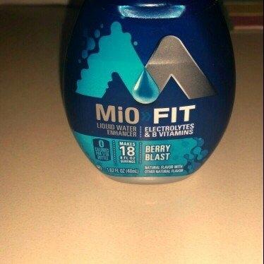 Mio MiO FIT Berry Blast Liquid Water Enhancer 1.62 oz uploaded by Xiomara R.