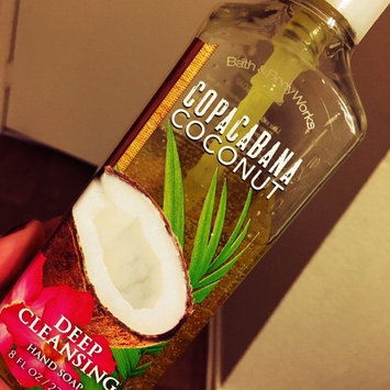 Bath & Body Works Copacabana Coconut Deep Cleansing Hand Soap uploaded by Cesly B.