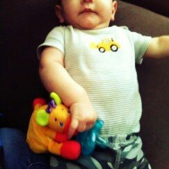 Photo of Kids Ii Bright Start Cozy Coos Deluxe Pacifier - Giraffe uploaded by Brittany M.