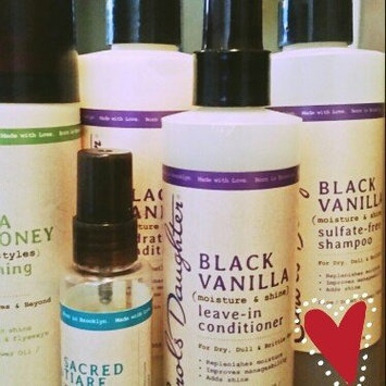 Photo of Carol's Daughter Black Vanilla Moisture & Shine Sulfate-free Shampoo For Dry Dull Or Brittle Hair uploaded by Pat C.