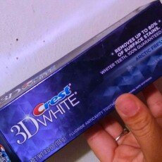 Photo of Crest 3D White Toothpaste Artic Fresh Icy Cool Mint uploaded by Lindsey R.