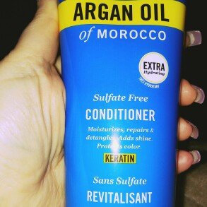 Marc Anthony True Professional Oil of Morocco Argan Oil Conditioner uploaded by member-a0869b7e1