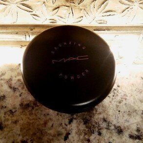 Photo of Mac Bronzing Powder uploaded by Angelica U.