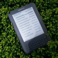 Photo of Kindle Keyboard uploaded by Sam H.