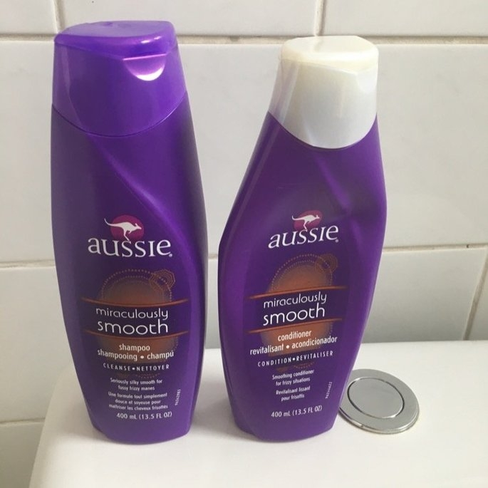 Aussie Mega Moist Conditioner uploaded by Maria Alice F.