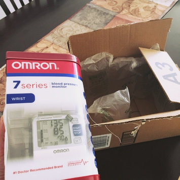Photo of Omron HEM 629 Auto Inflate Wrist Blood Pressure Monitor uploaded by Melanie E.