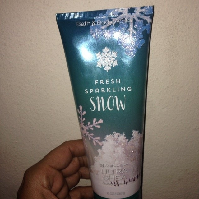 Bath & Body Works Winter Candy Apple Body Cream uploaded by Yovana R.