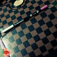 MAC Cosmetics Mac Rich Color Moisturizing Formula Eyeliner/Lipliner With Aloe Vera & Vitamin E uploaded by Sura A.