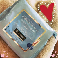 Neutrogena Oil-Free Makeup Remover Wipes Deep Clean uploaded by Anais S.