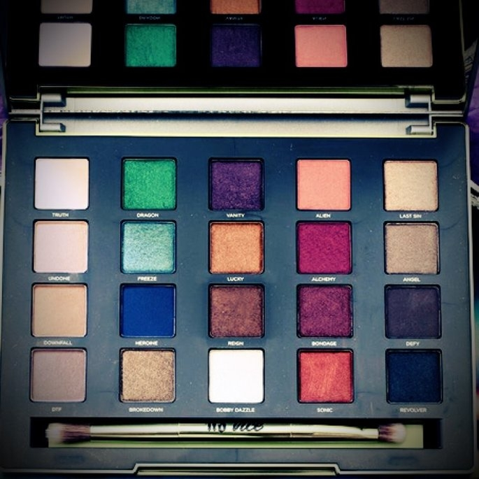 Urban Decay Vice3 uploaded by Jaqueline V.