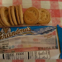 Grandma's® Vanilla Sandwich Creme Cookies 3.025 oz. Pack uploaded by Amy K.