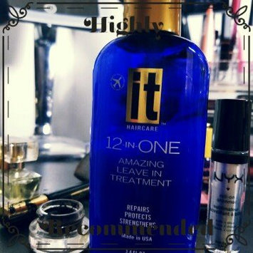 It 12-In-One Amazing Leave-In Treatment 5.1 oz uploaded by Erica Jane C.
