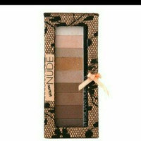 Physicians Formula Shimmer Strips Custom Eye Enhancing Eye Shadow uploaded by Marlene A.
