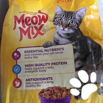 Photo of Meow Mix Original Choice Cat Food uploaded by Tessa L.