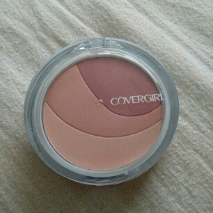 Photo of COVERGIRL Clean Glow Blush uploaded by Sophie B.