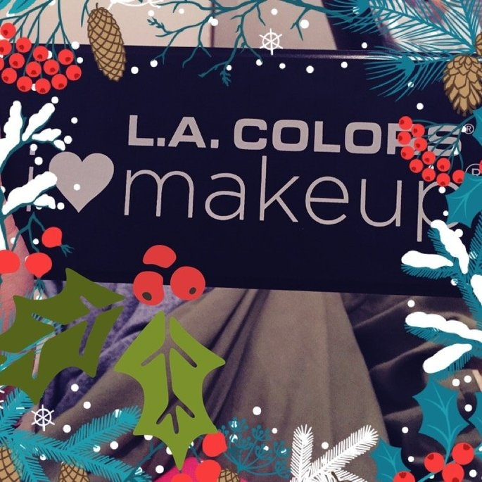 La Colors Eyeshadow Artist Palette 50 Colors Inspiration Palette 74122 uploaded by Heather F.