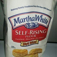 Martha White Self-Rising Enriched Bleached Pre-Sifted W/Hot Rize Flour uploaded by johanna f.