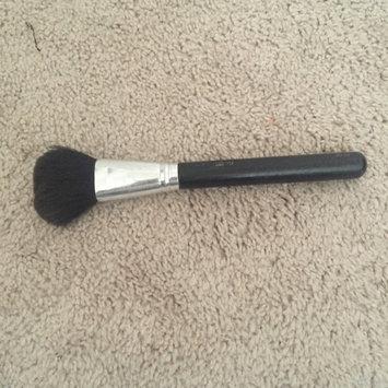 Photo of MAC 150S Large Powder Brush uploaded by Paula H.