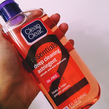 Clean & Clear Essentials Deep Cleaning Astringent uploaded by Catia N.