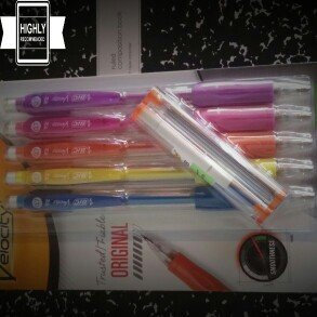 Photo of BIC Pencils Mechanical Pencil, Refillable, Rubbergrip, .7mm, Assorted uploaded by Danelle V.