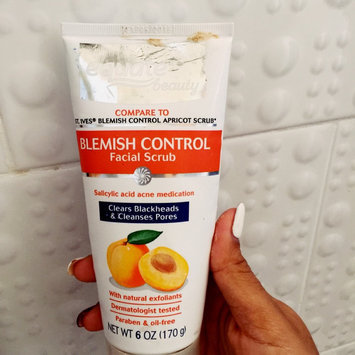 Equate Beauty Blemish Control Apricot Scrub, 6 oz uploaded by Jennifer G.