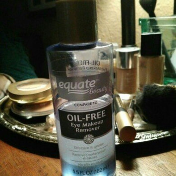 Equate Oil-Free Eye Makeup Remover, 5.5 fl oz uploaded by Bacon M.