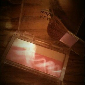 Photo of Almay Wake Up Blush and Highlighter uploaded by Lindsey B.