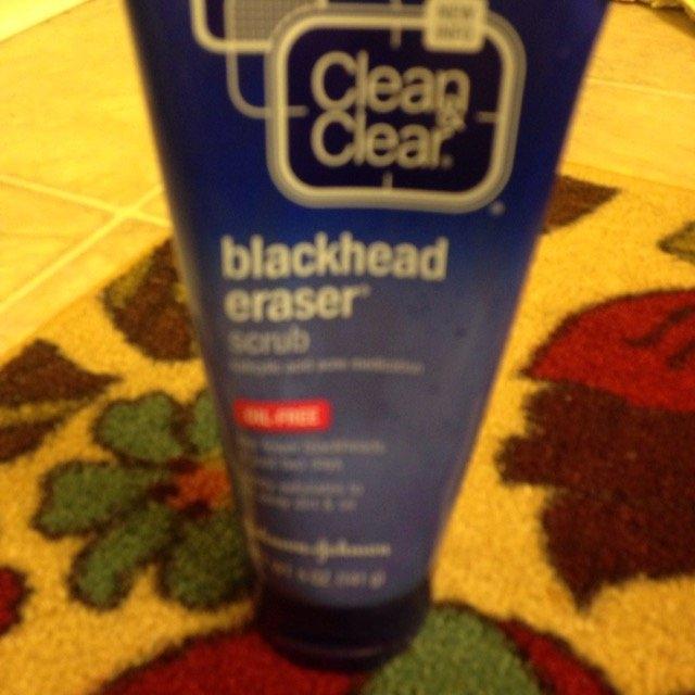 Clean & Clear Blackhead Eraser uploaded by swati s.
