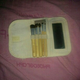 Photo of EcoTools 6 Piece Essential Eye Brush Set uploaded by Daisy H.