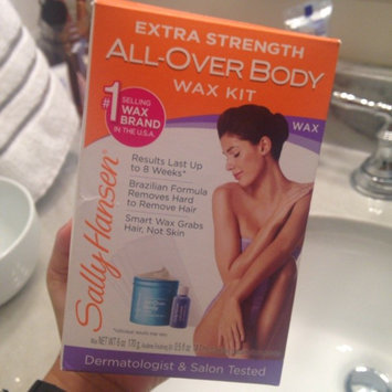Photo of Sally Hansen® Extra Strength All Over Body Wax Hair Removal Kit uploaded by Luana F.