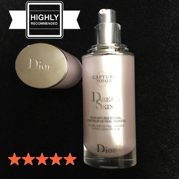 Photo of Dior Capture Totale Dreamskin 1 oz uploaded by Jennifer E.