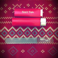 Nail Tek Mini Crystal File with Pink Case uploaded by Diana D.