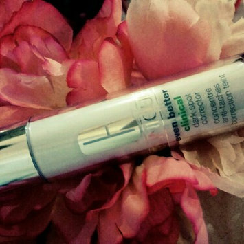 Photo of Clinique Even Better Clinical™ Dark Spot Corrector & Optimizer uploaded by tania v.