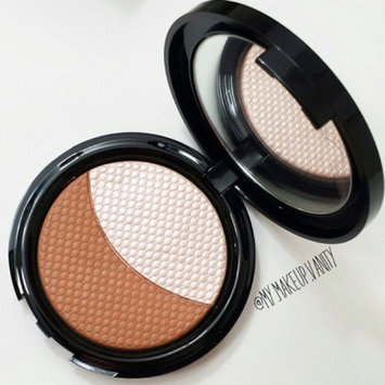 MAKE UP FOR EVER Pro Sculpting Duo 2 Golden 0.28 oz uploaded by Carrie S.