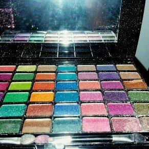 Juegos De Maquillaje Profesional Para Ojos - Pequeña Maleta De Sombras De Maquillaje - Paleta De 120 Colores - Cosmeticos De Belleza uploaded by Hellen S.