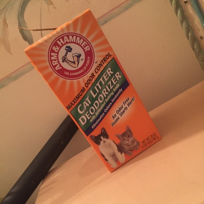 Arm & Hammer Cat Litter Deodorizer with Baking Soda uploaded by Lacey L.