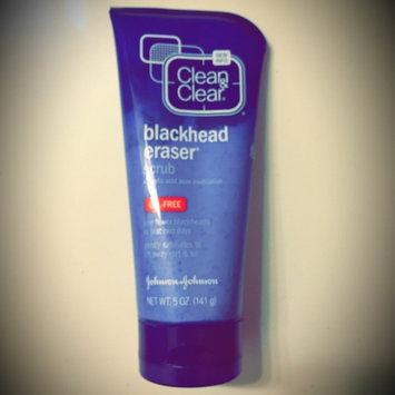 Photo of Clean & Clear® Blackhead Eraser™ Scrub uploaded by Adriana C.