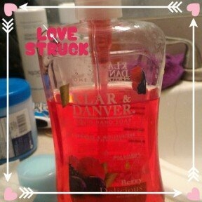 Home Essentials LIQUID HAND SOAP 15 OZ. (Berry Delicious) uploaded by Marionette D.